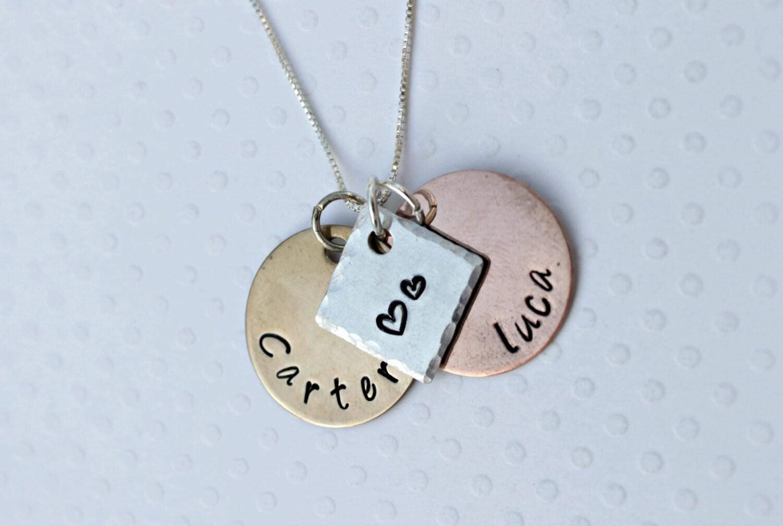 mothers necklace 2 name necklace grandmothers necklace mom. Black Bedroom Furniture Sets. Home Design Ideas