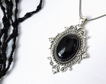 Victorian Floral Cabochon Onyx Real Natural Stone Black Snake Chain Ancient Silver Stainless Steel