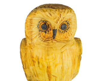 Chainsaw carving galleries owl sculpture on a tree stump
