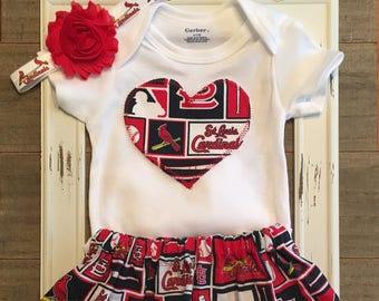 St. Louis Cardinals Baby Outfit, Saint Louis Cardinals Onesie and Skirt, St. Louis Cardinals Skirt, St. Louis Cardinals Baby