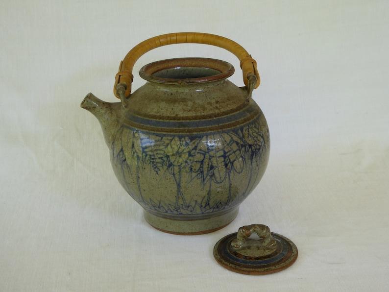 artist signed Keegan Vintage Wheel-thrown Glazed Stoneware Lidded Teapot