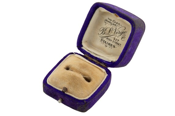 "Victorian Purple Velvet Ring Box, ""B.L.Virgo"""