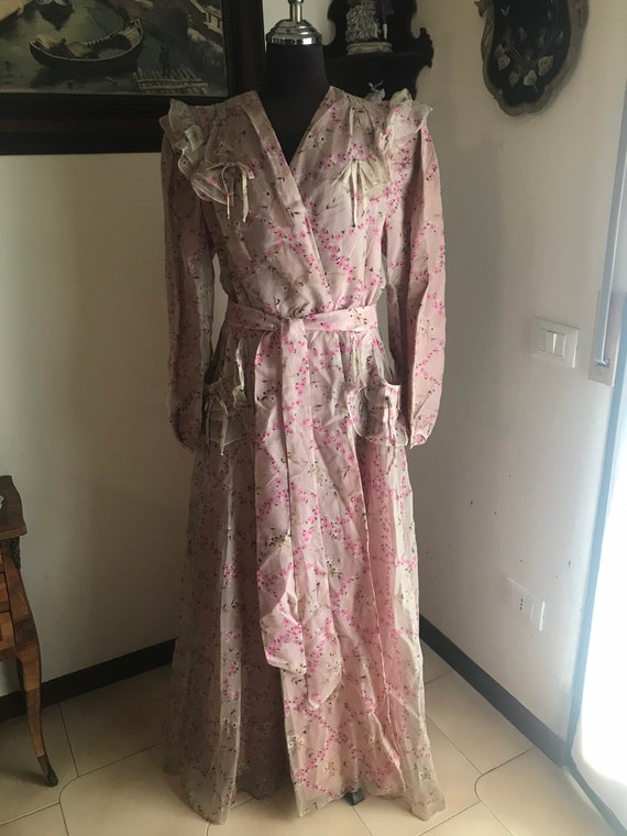 Silk voile dressing gown