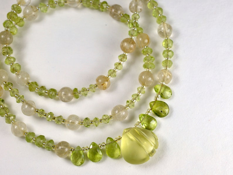 Gemstone necklace with lemon quartz and peridot August image 0