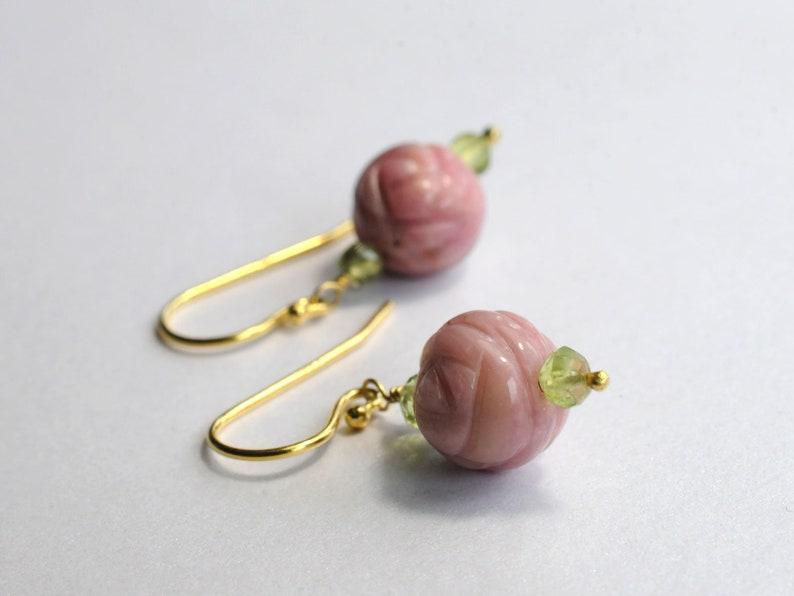 Earrings wih rhodonite and peridot beads image 1