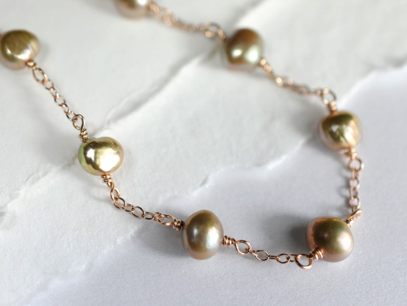 Freshwater pearl and rose gold necklace image 0