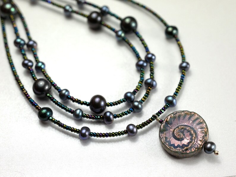 Multistrand necklace with freshwater pearls image 1