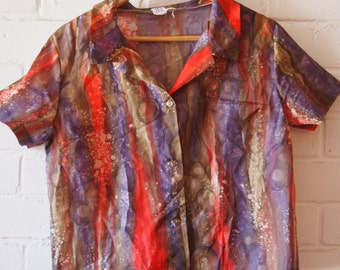 Printed button up shirt (S/M)