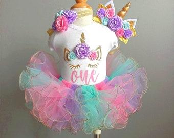 Unicorn birthday outfit , baby girl  birthday outfit , unicorn headband  tutu and bodysuit