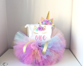 Unicorn birthday outfit , baby girl  birthday outfit , unicorn headband  tutu and bodysuit