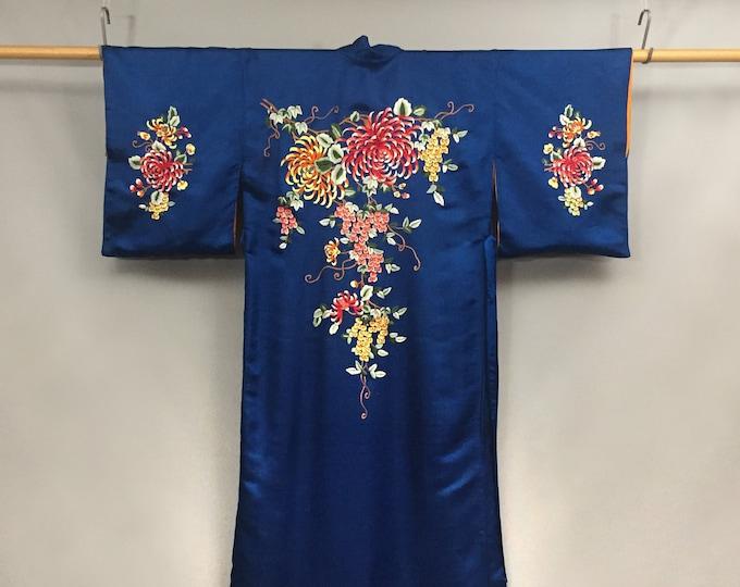 1950s pure silk embroidered kimono