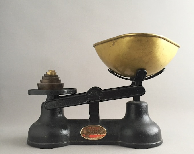 the salter Staffordshire 'old weighing scales