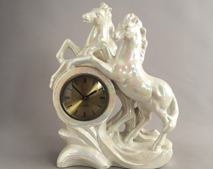 1970s ceramic horses mantle clock ( german)