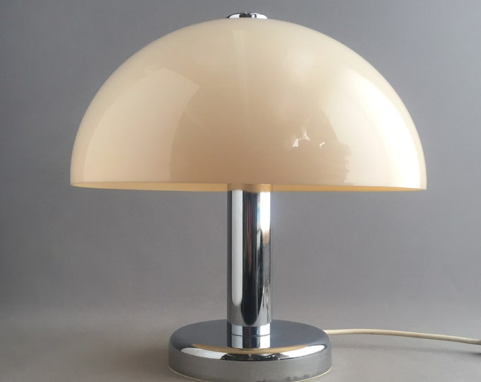 1970 Cosmo Design table lamp