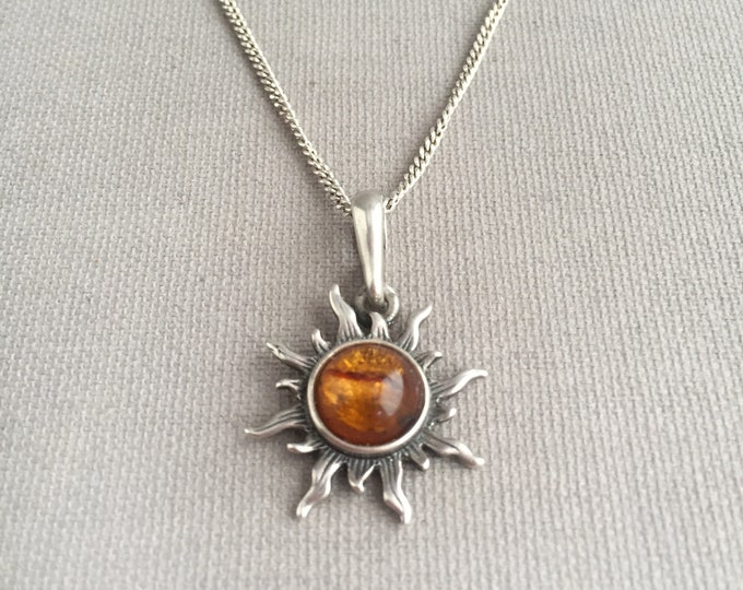 Amber sun silver necklace