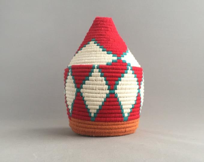 Vintage moroccan wool basket