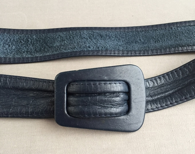 1970s navy leather belt