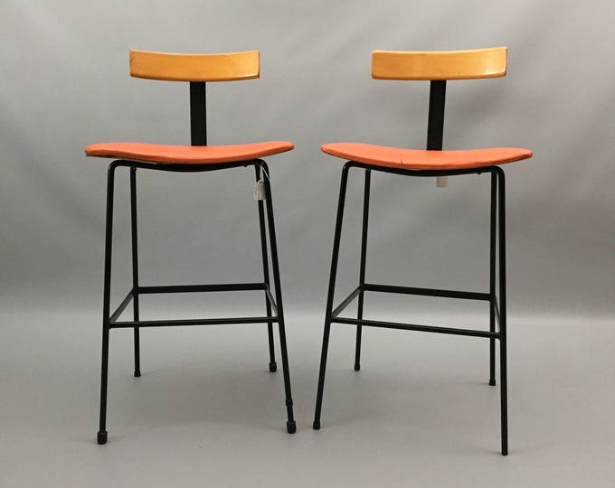 Kandya program stools