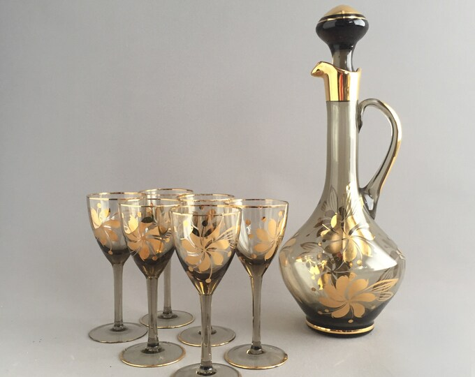 Vintage Romanian Glass Decanter and 6 glasses set