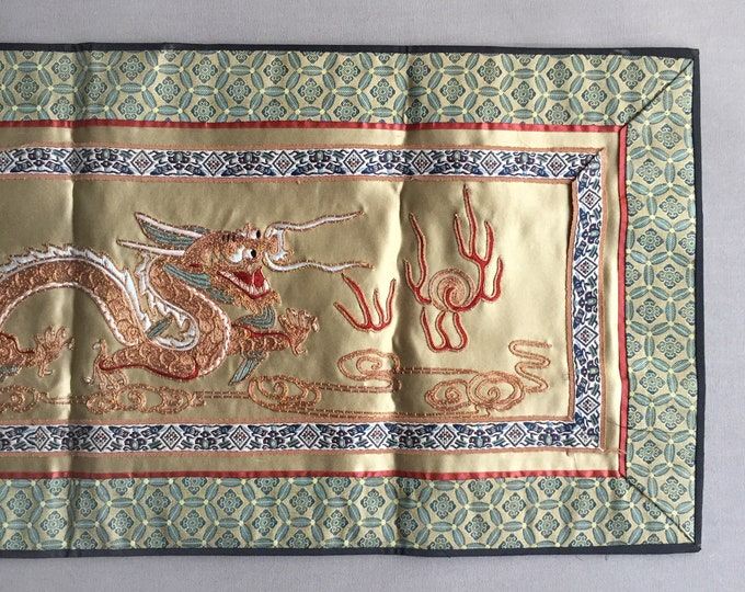 Chinese embroided silk dragon