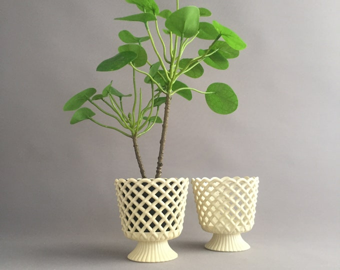 Vintage plastic Dialene Better Maid basket weave indoor planters