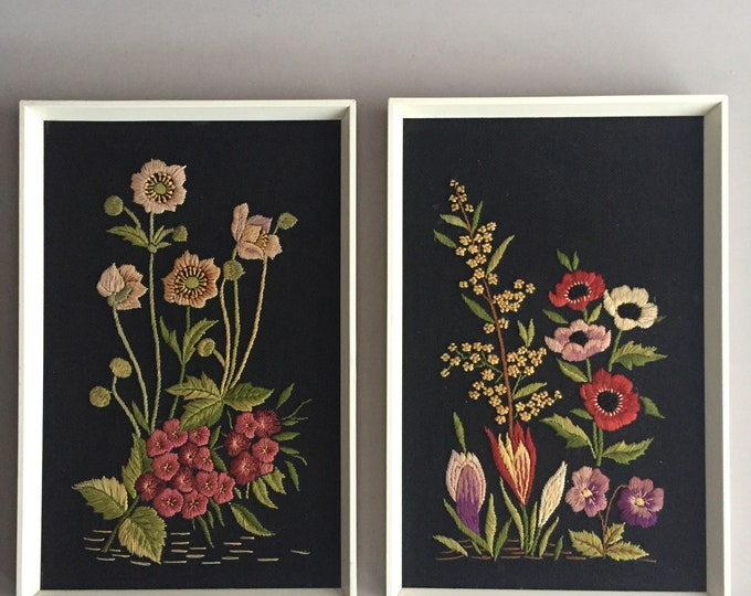 embroidered flower pictures set