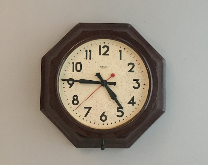 Smiths Sectric Electric Wall Clock Bakelite Octagonal 30s 40s ART DECO
