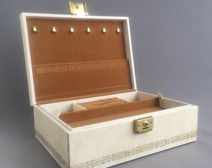 1950s jewellery box