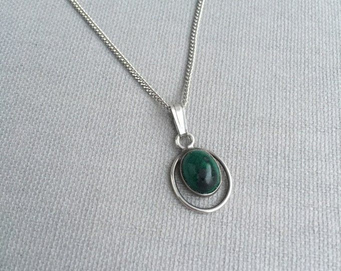 silver and malachite pendant necklace