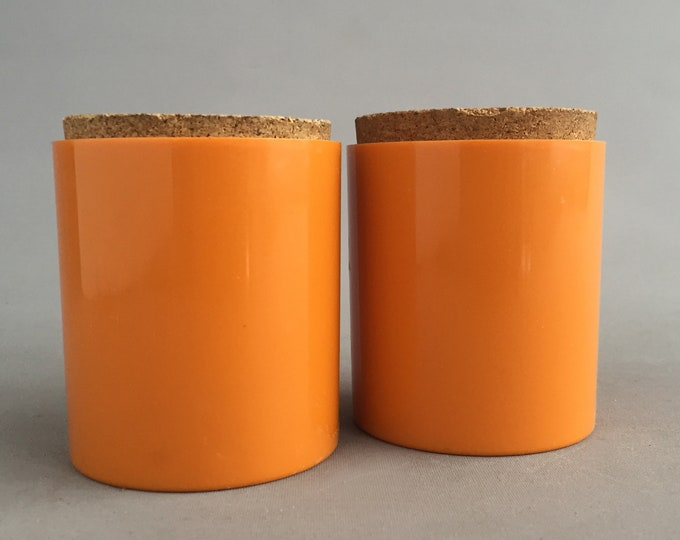 Taunton Vale 1970s plastic pot/canister with cork lid