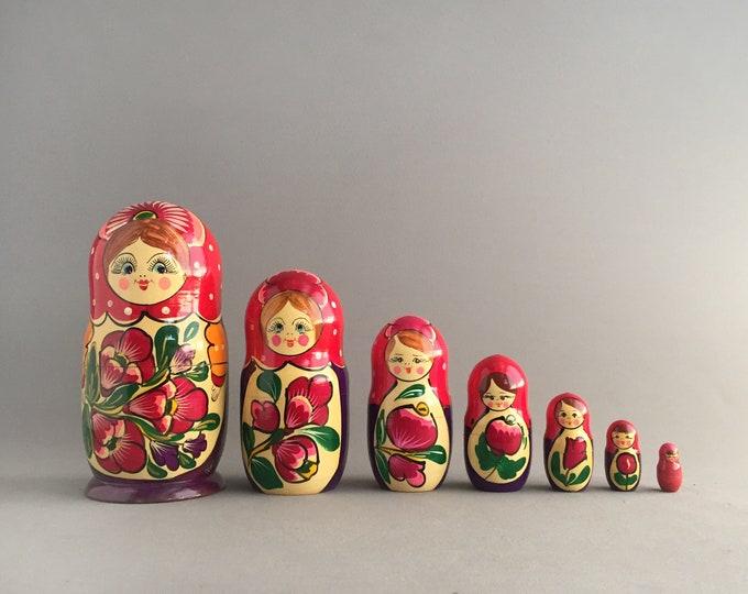 matryoshka doll / Russian nesting doll