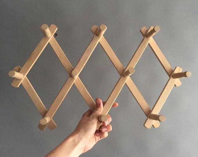 wooden concertina hooks