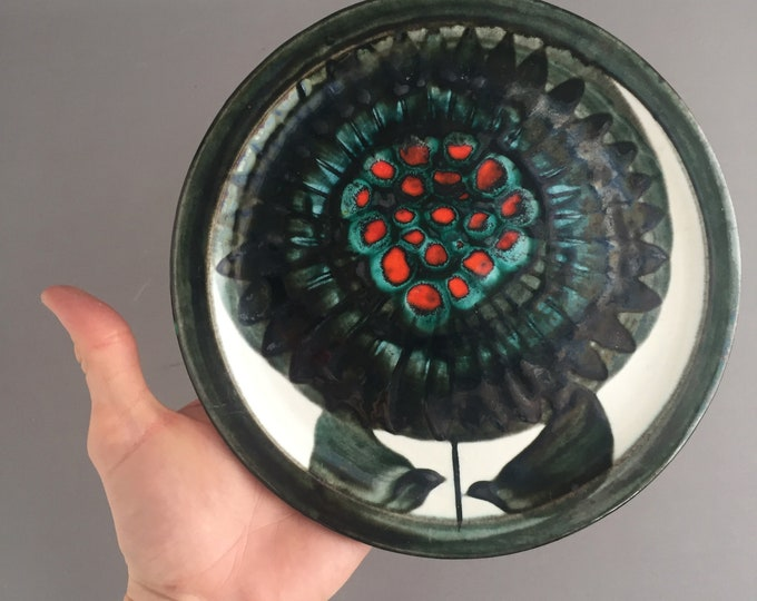 1960s hand painted plate modernist flower