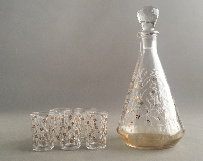 little glass decanter and 5 shot glasses