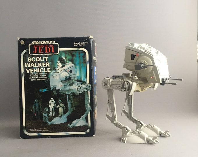 1982 Scout walker vehicle