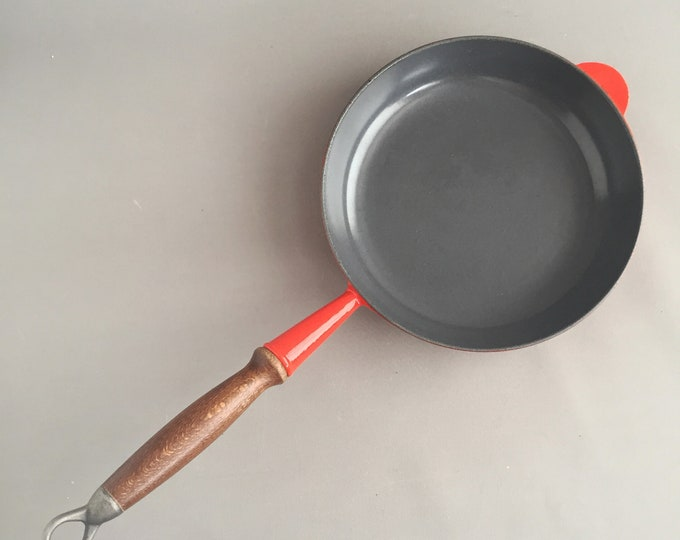 Cast iron frying pan made in france