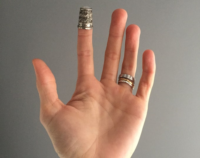 victorian silver and opaque glass top thimble