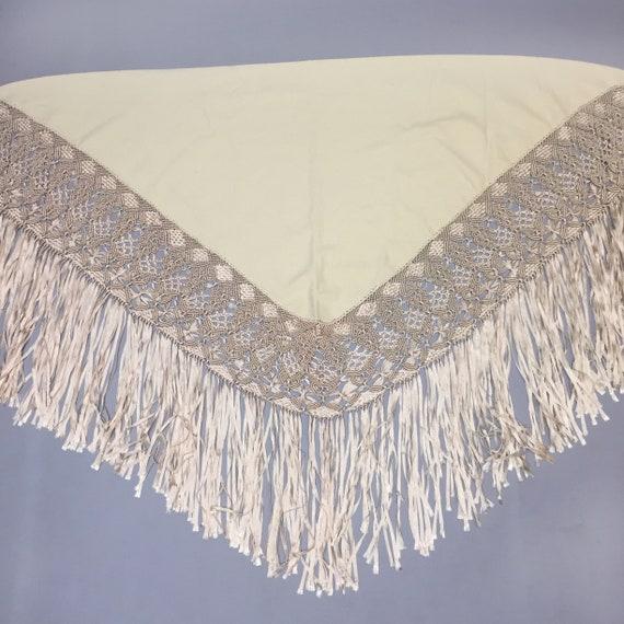 wool piano shawl - image 2