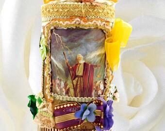 Easter gift  for kids and teenagers. Keepsake box Moses for faithful boys and girls on Christian Holidays, Baptism, Birthday.