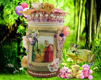 "Wish Box ""The Frog Prince"". Magic gift box. Princess gift. Kids storage box. Kids gift box. Girl birthday gift. kids birthday box."
