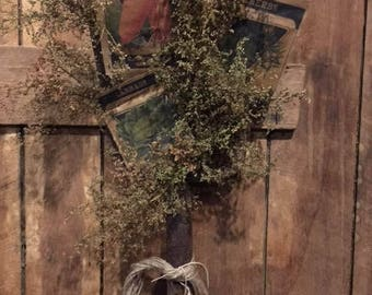 Primitive  Old Rusty Pitch Fork Wreath  Garden Thyme Seed Packs Sweet Annie