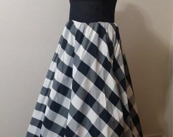 Amazing Vintage GUNNE SAX Dress 1970s/1980s Victorian pioneer style wild west bustier