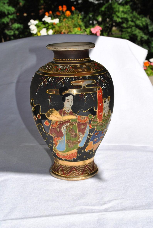 Japanee Vintage Hand Painted Mosaic URN Mult-Vibrant Colors JAPURN1580