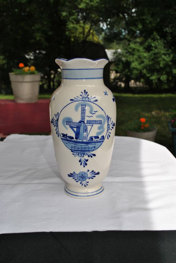BLUE DELFT HAND-PAINTED WINDMILL VASE FILLED WITH TULIPS