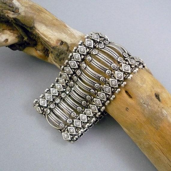 Vintage Silver Bracelet India.  Flexible link brac