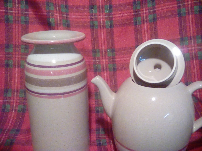 Tea pot and vase