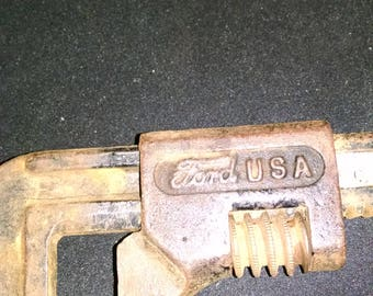 Ford pipe wrench
