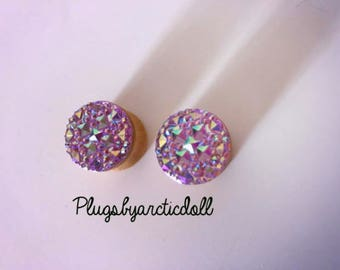 Pair of plugs 16mm iridescent faux crystals geometric