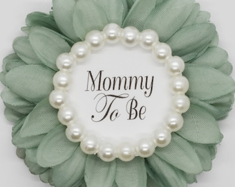 PERSONALIZED grandma to be cORALgTBpEARL Mommy To be Pin Coral Grandma to be baby neutral shower favor Baby Shower Corsage