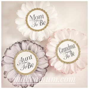 oRCH Set Of  3 HAND-DYED Mommy To be Pin PERSONALIZED Baby Shower Favors Modern Rose /& Blush Pink Baby Girl Shower Corsage